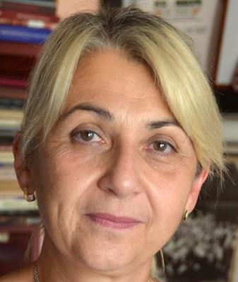 Laura Manolache
